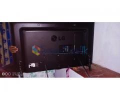 LG 42 LED TV for sale