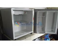 Mini Bar Refrigerator (used)