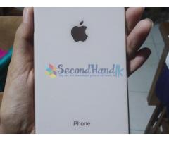 Gold iPhone 8Plus - 64GB