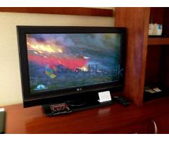 32' lcd lg tv for urgent sale in ratnapura