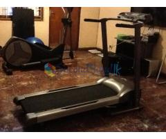 Treadmill BT3300 For sale