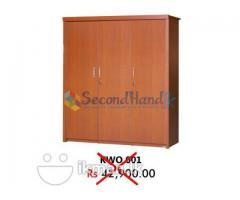 Damro 3 Door Wardrope