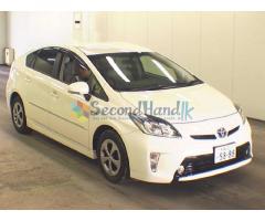Toyota Prius S-Grade-2012