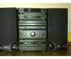 Akai mini stereo system