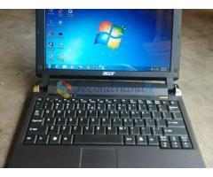 Acer Aspire One-Pro Mini Lap - 2GB / 160GB / WebCam