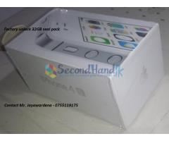 Apple IPhone 4S WHITE 32GB  Factory Unlock