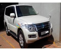 MITSUBISHI MONTERO FOR RENT