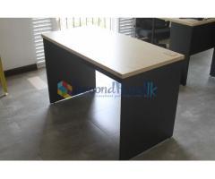 16 Office desks