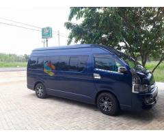 KDH 9/ 15 Seats Van for Hire