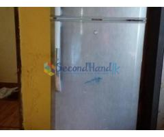 LG GREEN LIFE TWO DOOR 6 FEET REFRIGERATOR FOR URGENT SALE