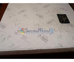 mattress with memory foam layer