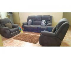 Sofa set with recliner