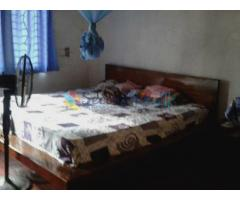 Modern teak wood bed for sale